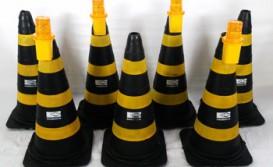 Cones de Segurança e Sinalizadores